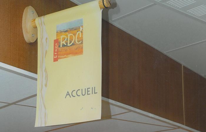 Bannière imprimé recto-verso - fixation sur potence bois